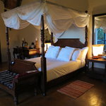 Mvuradona Private Game Lodge