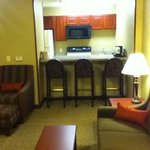 2 room suite kitchenette