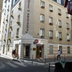 Photo de BEST WESTERN Bretagne Montparnasse