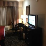 Photo de Holiday Inn Hotel & Suites Salt Lake City-Airport West