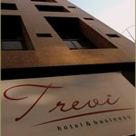 Trevi Hotel & Business