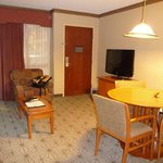 Photo de Embassy Suites Hotel Portland-Airport