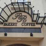 R & R Bakery and Coffee Shop