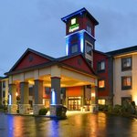 Holiday Inn Express Vancouver Salmon Creek
