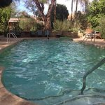Hacienda Hot Springs Inn resmi