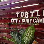 Foto de Turtle Surf Camp
