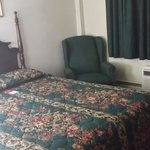 Photo de Econo Lodge Inn & Suites Airport