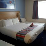 Travelodge Staines resmi