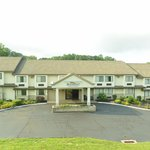 Photo de Baymont Inn and Suites Branford / New Haven