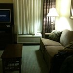 Photo de Staybridge Suites Kalamazoo