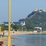 Photo de Prachuap Beach Hotel