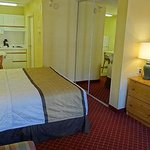 Foto de Extended Stay America - Raleigh - Crabtree Valley