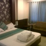 deluxe room with standard emenities
