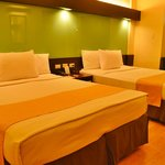 Foto de Microtel Inn & Suites by Wyndham Cabanatuan