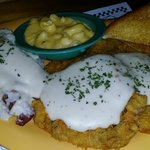 CHICKEN FRIED STEAK w MAC n CHEESE & MASHED POTATOES - BIG HENRY