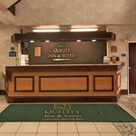 Quality Inn & Suites Harvey Foto