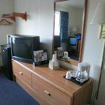 Super 8, Carson City - Desk & TV area