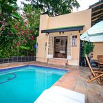 Nandina Guest House & Self Catering Cottages