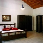 double room apartment - traditional style