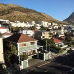 Guest House (bottom left) showing position of Signal Hill & Lions Head