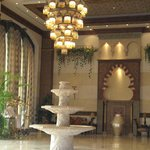 Royal Hotel & Suites의 사진