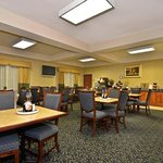 Photo de BEST WESTERN Plus Lake Dallas Inn & Suites