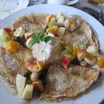 The fruit crepes…oh, so good