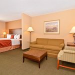 Photo de BEST WESTERN PLUS Independence Inn & Suites