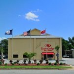 Foto de Econo Lodge Inn & Suites I-64 & US 13