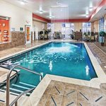 Photo de La Quinta Inn & Suites Burleson