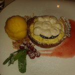 Crostatina al passion fruit e Chantilly