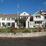 Waitomo Caves Hotel, main entrance & staff car-park.