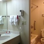 Photo of Econo Lodge Inn & Suites Charlotte Airport