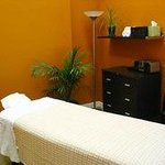 Cloverleaf Therapeutic Massage