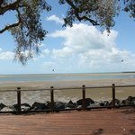 View Hervey Bay from foreshore