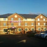 Photo de Premier Inn Watford North