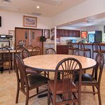 Photo of Rodeway Inn & Suites Hoisington
