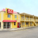 Econo Lodge Near Norfolk State University