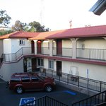 Econo Lodge Long Beach resmi