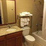 Photo de Candlewood Suites Aberdeen - Edgewood -