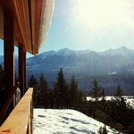 Photo de Cedar House Restaurant & Chalets Golden BC
