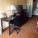 Foto de Econo Lodge Inn & Suites Downtown Northeast