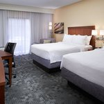 Foto van Courtyard by Marriott Detroit Dearborn