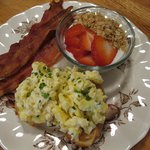Breakfast - Scrambled Eggs with Ricotta Cheese and Chives