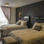 Taymi Hostal & Suites