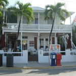 Photo de Speakeasy Inn and Rum Bar