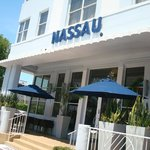 Photo de Nassau Suite Hotel