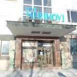Entrance to Hotel Merihovi