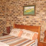 Photo de Thaba Tsweni Lodge & Safaris