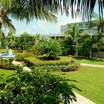 Photo de Beachcomber Beach Resort & Hotel